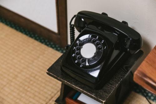 田舎の黒電話